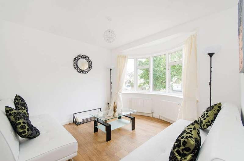 4 Bedrooms Semi Detached House for sale in Windsor Road, Harrow Weald, HA3