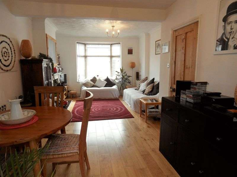 2 Bedrooms Terraced House for sale in Stanhope Road, Worthing