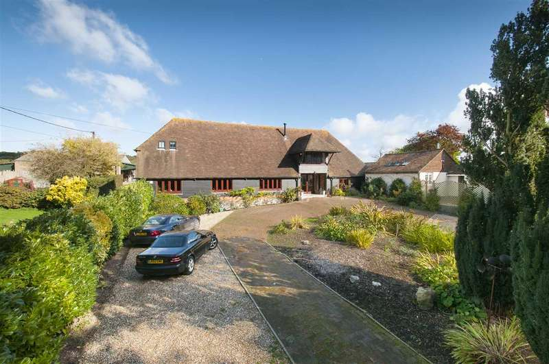4 Bedrooms Barn Conversion Character Property for sale in The Old Barn, Upper Ensign, Old Wives Lees