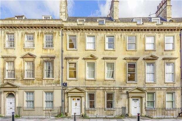 1 Bedroom Flat for sale in Bladud Buildings, BATH, Somerset, BA1