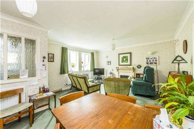 2 Bedrooms Terraced House for sale in Symes Park, Weston, BATH, BA1 4PA