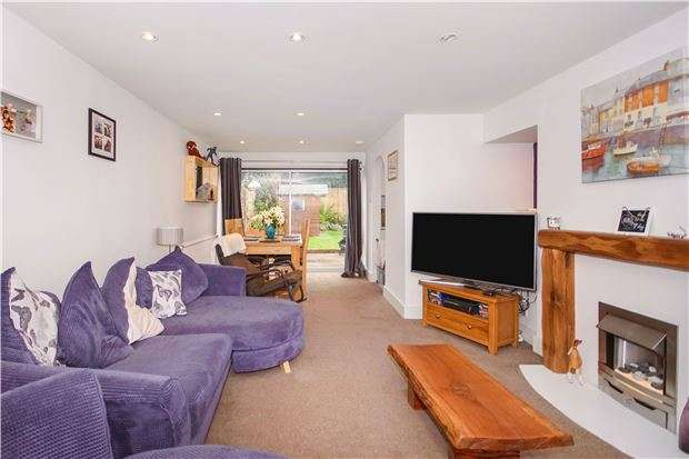 3 Bedrooms Semi Detached House for sale in Orchard Boulevard, O/Common, BS30 9PS