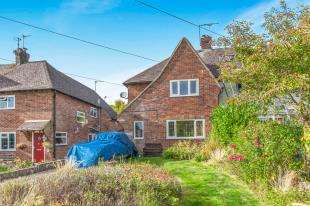 3 Bedrooms Semi Detached House for sale in Pound Lane, Laughton, Lewes, East Sussex