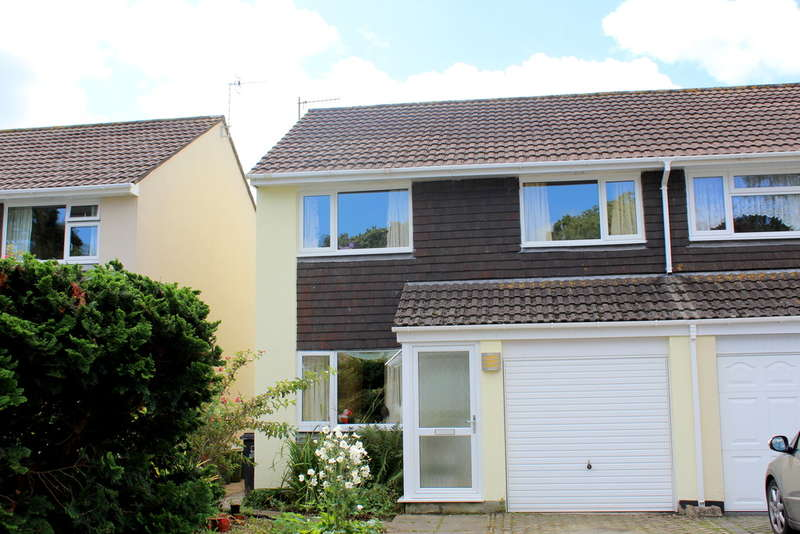 3 Bedrooms Semi Detached House for sale in South Brent