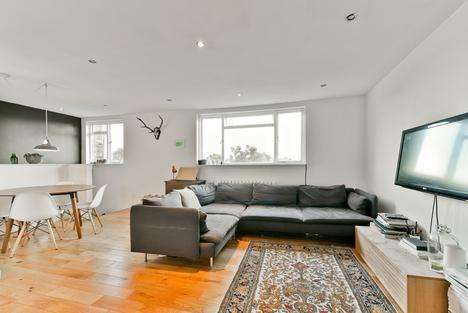 1 Bedroom Flat for sale in Turle Road, London N4