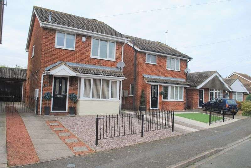 3 Bedrooms Detached House for sale in Philip Way, Higham Ferrers