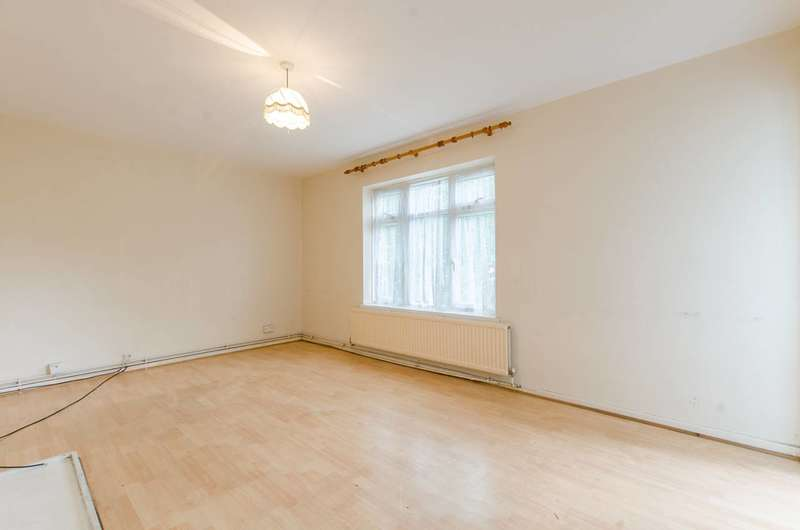 3 Bedrooms Flat for sale in Guildford House, Camberwell, SE5