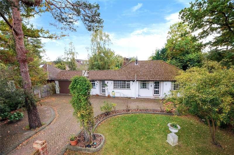 4 Bedrooms Detached Bungalow for sale in Ellis Road, Crowthorne, Berkshire, RG45