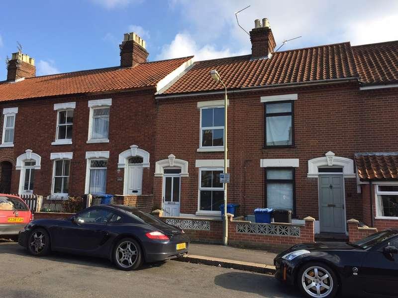 2 Bedrooms Terraced House for sale in Warwick Street, Norwich