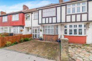 3 Bedrooms Terraced House for sale in Kimberley Road, Croydon, Surrey