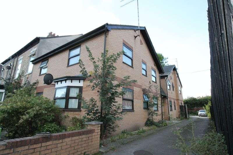 8 Bedrooms Flat for sale in Dover Street, Hull