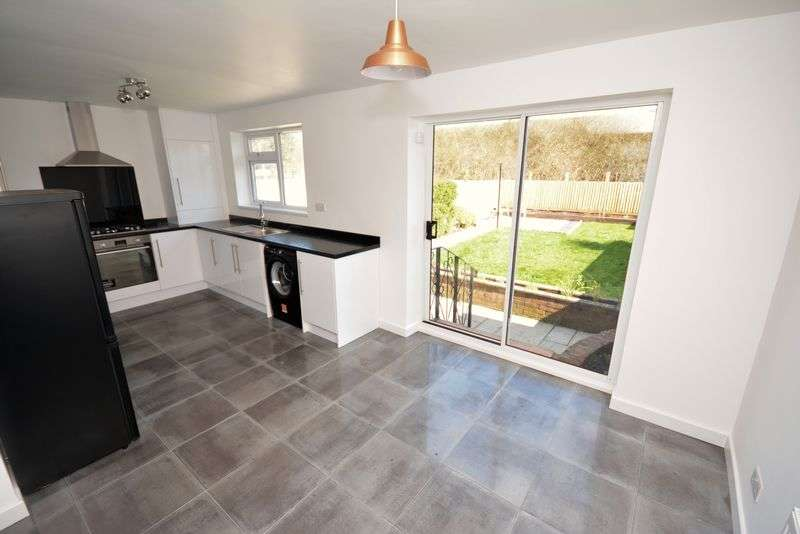 3 Bedrooms Semi Detached House for sale in Broad Street, Canton, Cardiff