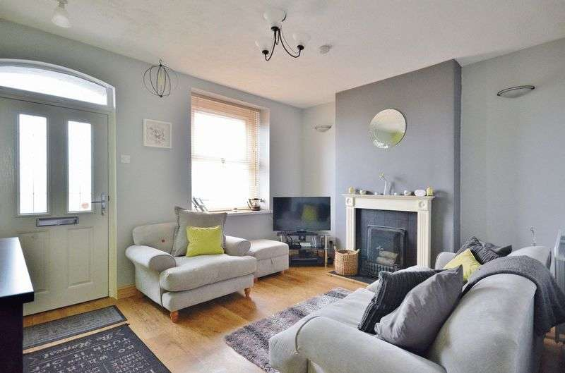 3 Bedrooms Terraced House for sale in Pleasant View, Maryport