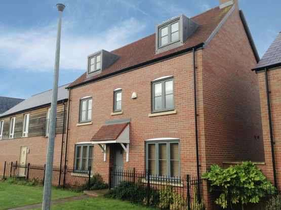 4 Bedrooms Semi Detached House for sale in Small Hill Road, Telford, Shropshire, TF4 2FW