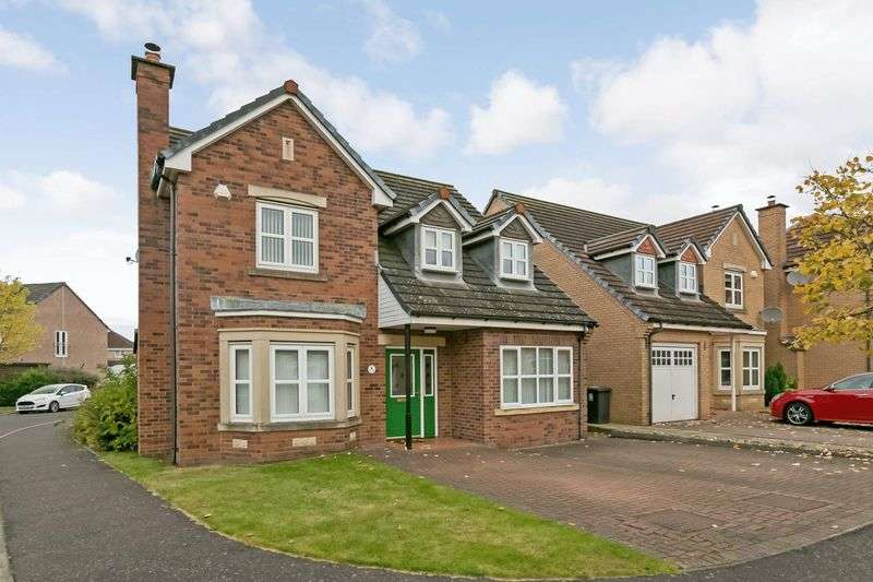 4 Bedrooms Detached House for sale in Curlew Gardens, Dunfermline