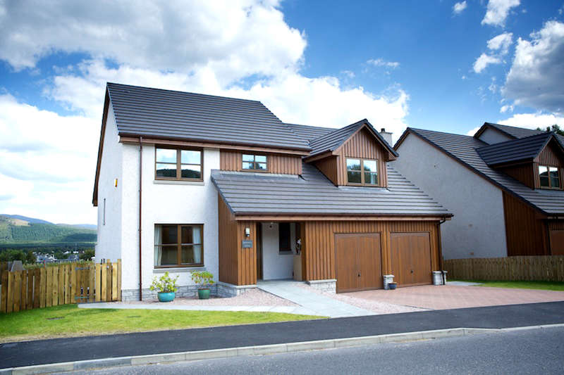 5 Bedrooms Detached House for sale in Lodge Lane, Aviemore, PH22 1UJ