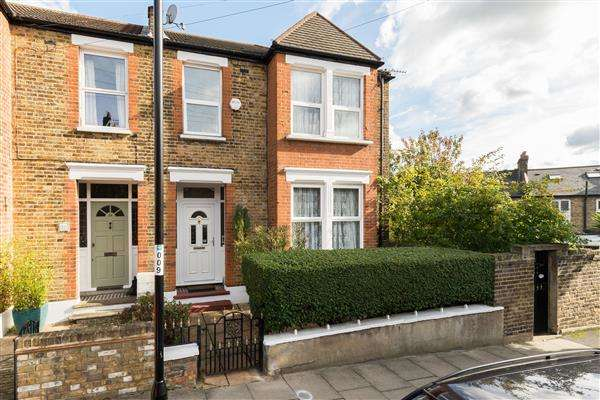 3 Bedrooms End Of Terrace House for sale in Francemary Road, Brockley