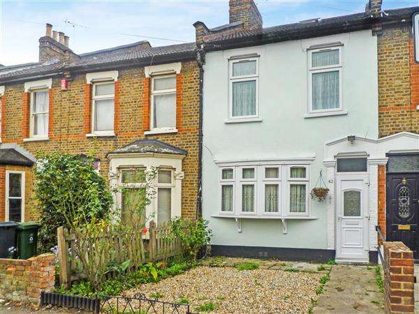 3 Bedrooms Terraced House for sale in Vallentine Road, Walthamstow