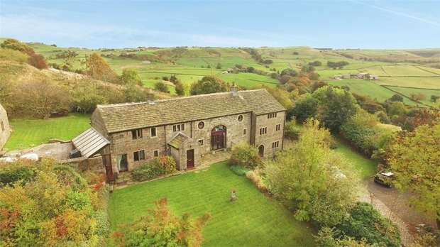 5 Bedrooms Detached House for sale in Foster Place Lane, Hepworth, HOLMFIRTH, West Yorkshire