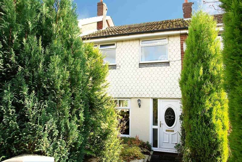 3 Bedrooms Town House for sale in 4 Wetherby Drive, Royton