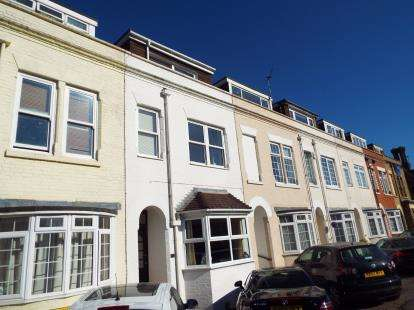 3 Bedrooms Terraced House for sale in Southampton, Hampshire