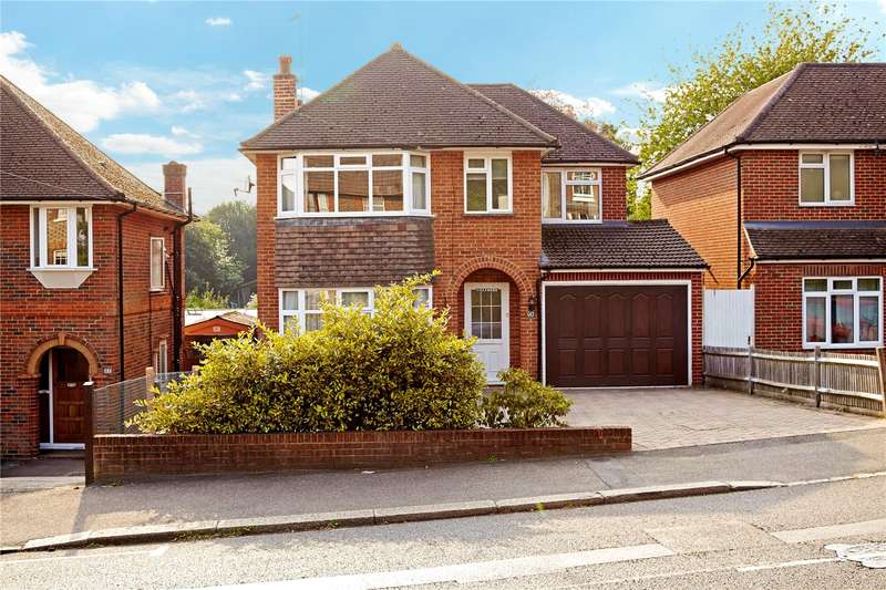 4 Bedrooms Detached House for sale in Somerset Road, Meadvale, Redhill, Surrey, RH1