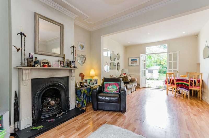 3 Bedrooms House for sale in Stanhope Road, North Finchley, N12