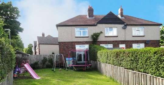 2 Bedrooms Property for sale in Bradley Mills Road, Huddersfield, West Yorkshire, HD5 9PF