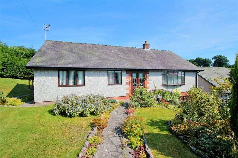 3 Bedrooms Detached Bungalow for sale in Bryn Elwern, Corwen