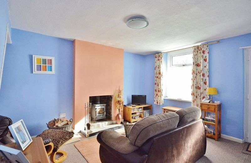 2 Bedrooms Terraced House for sale in Pica Cottages, Workington