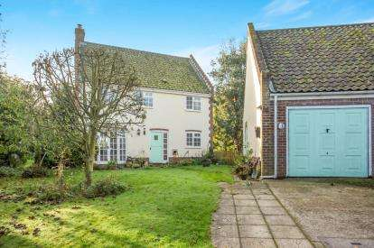3 Bedrooms Detached House for sale in Matlaske, Norwich, Norfolk