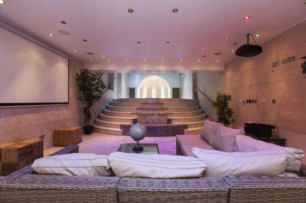 7 Bedrooms House for rent in Cheyne Place, Chelsea, SW3