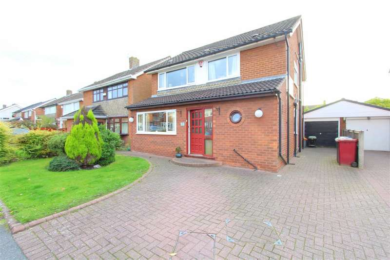 4 Bedrooms Detached House for sale in Middlehey Avenue, Knowsley Village, Liverpool