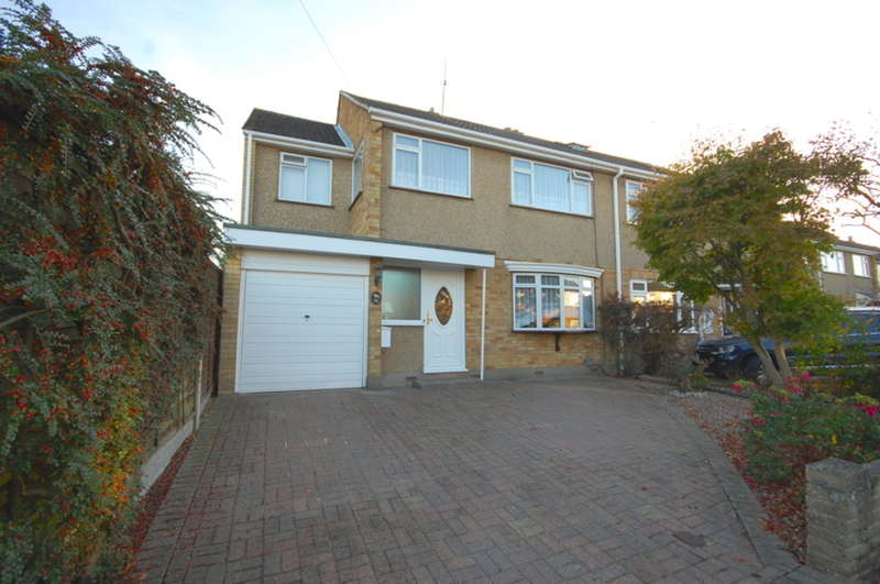 4 Bedrooms Semi Detached House for sale in Keene Way, Galleywood, Chelmsford, CM2