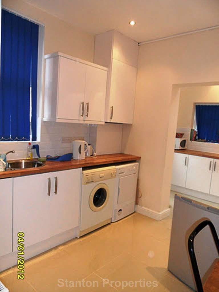 8 Bedrooms Terraced House for rent in 85 pppw, Ladybarn Lane, Fallowfield
