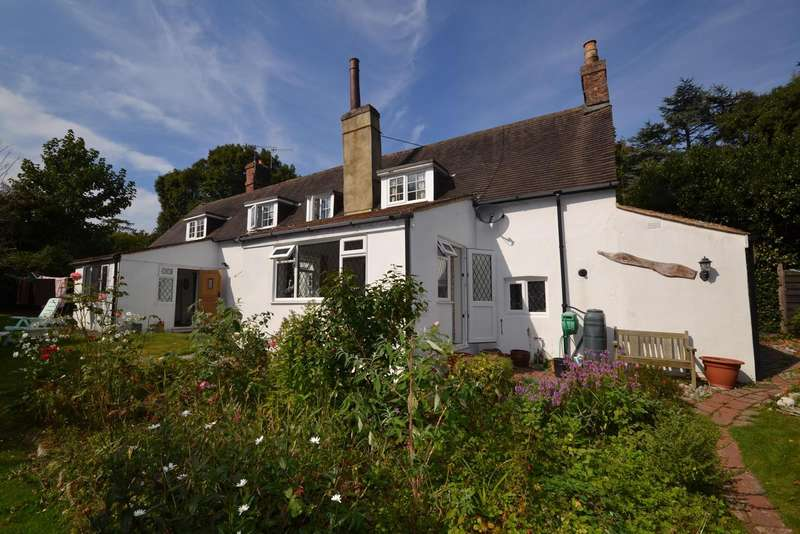 5 Bedrooms House for sale in Little Common Road, Bexhill On Sea, TN39
