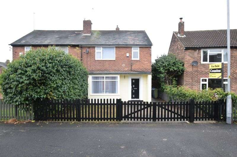 2 Bedrooms Semi Detached House for sale in Hawthorn Crescent, Oldham
