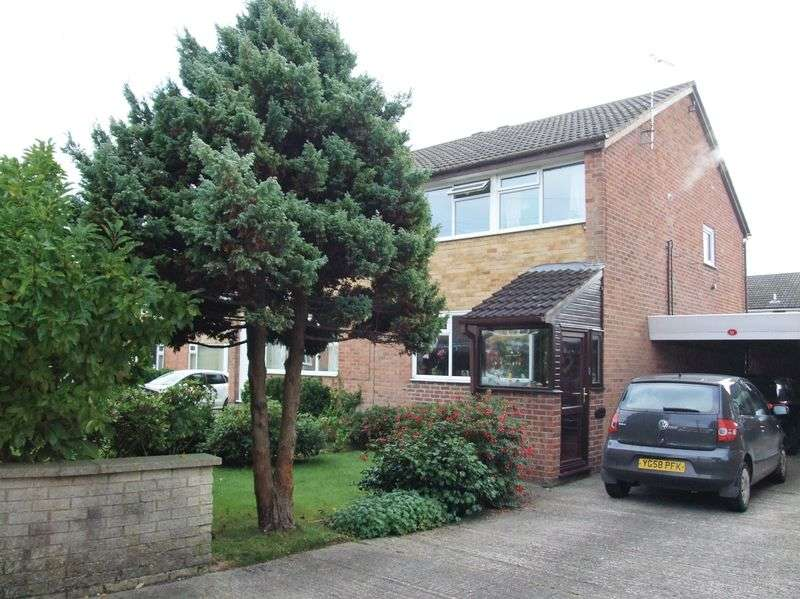 3 Bedrooms Semi Detached House for sale in Delverne Grove, Bradford