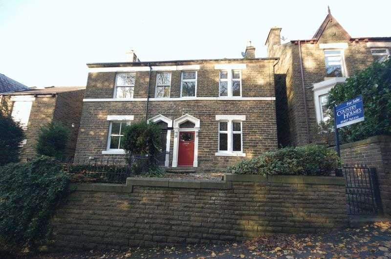 4 Bedrooms Semi Detached House for sale in Slatelands Road, Glossop