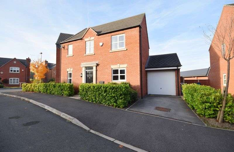 3 Bedrooms Semi Detached House for sale in Mill Pool Way, Sandbach