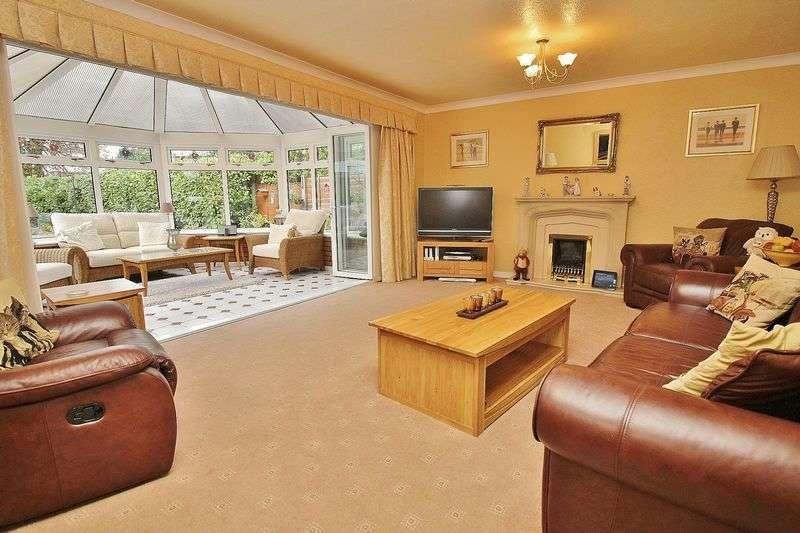 4 Bedrooms Detached House for sale in Park Avenue, Hesketh Park