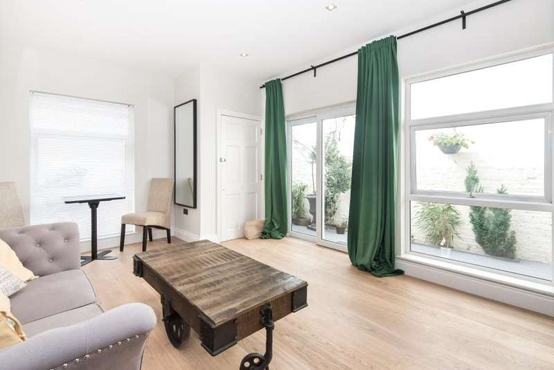1 Bedroom Flat for sale in New Kings Road, Fulham SW6