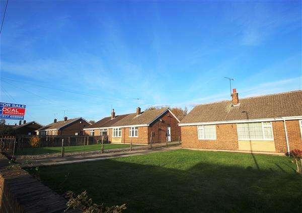 2 Bedrooms Bungalow for sale in Park View, Kinsley
