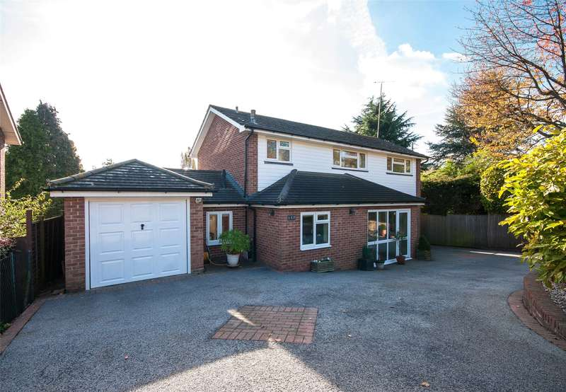 3 Bedrooms Detached House for sale in Carlton Road, Reigate, RH2