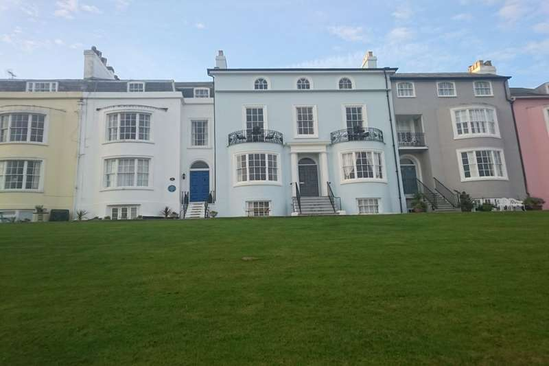 1 Bedroom Flat for sale in Central Parade, Herne Bay, CT6
