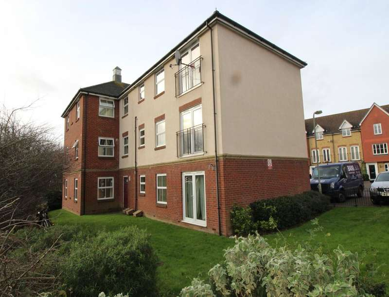 2 Bedrooms Flat for sale in Alderney Way, Kennington, Ashford, TN24