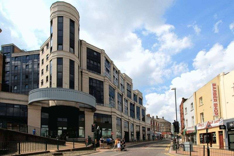 2 Bedrooms Flat for sale in Commercial Road, Bournemouth