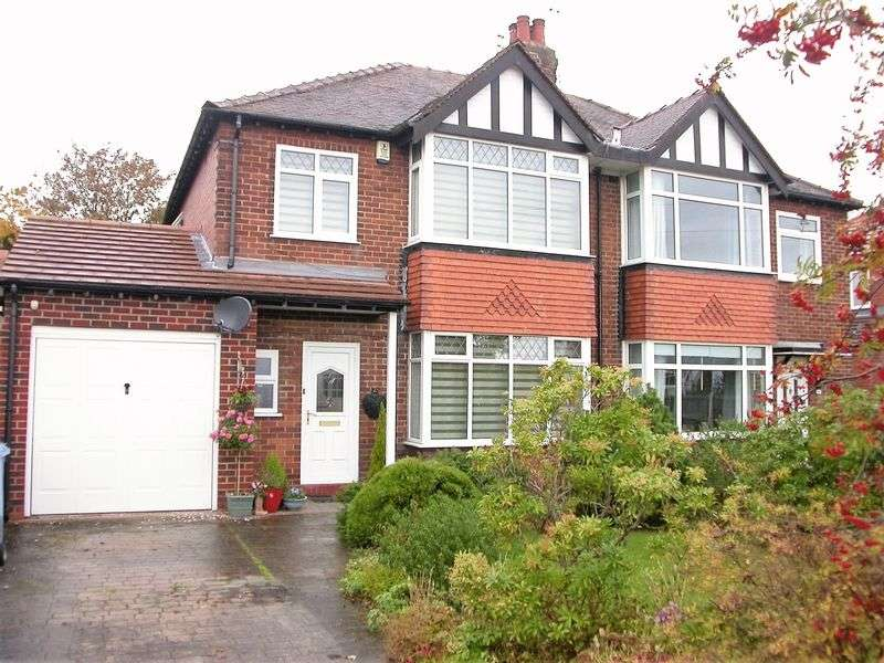 3 Bedrooms House for sale in HAZEL GROVE (DEVONSHIRE ROAD)