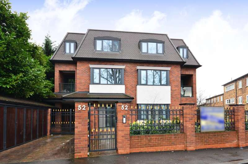 2 Bedrooms Flat for sale in Ashley Lane, Hendon, NW4