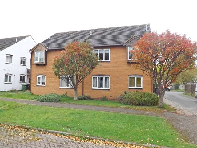 3 Bedrooms Maisonette Flat for sale in Tithe Court, Middle Littleton